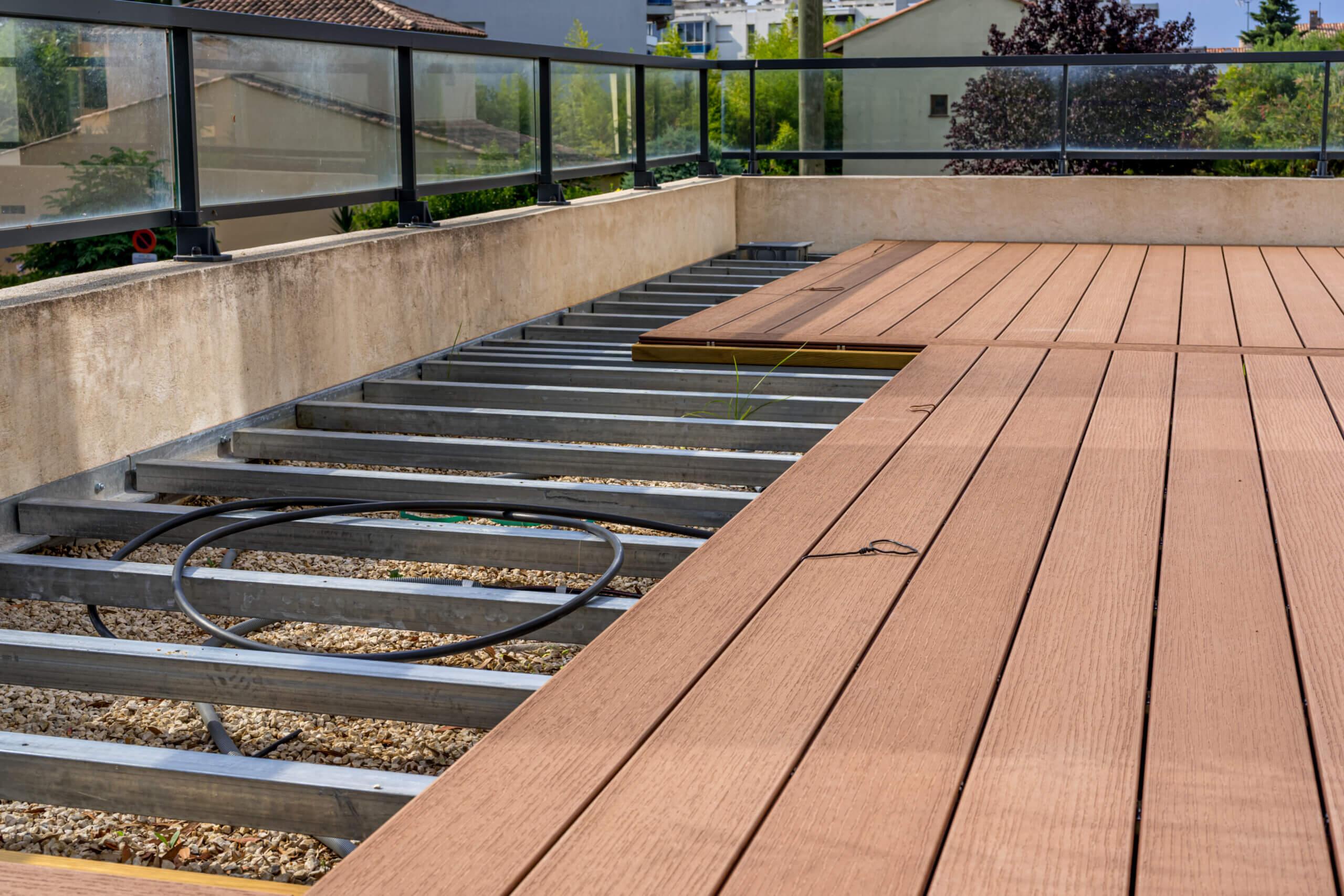 WPC Terrassendielen Unterkonstruktion Alu