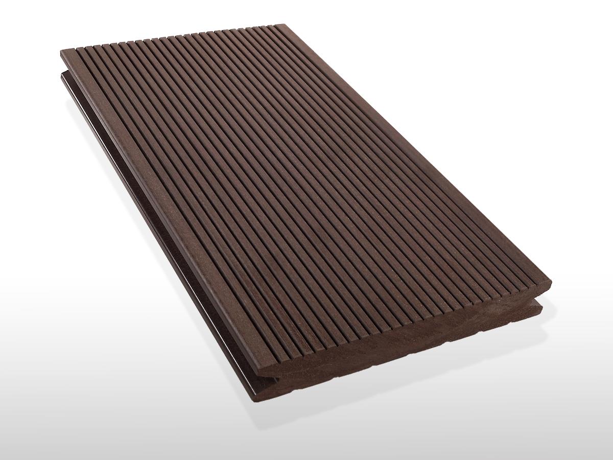 WPC Terrassendielen massiv, Oberfläche fein gerillt, Farbton dunkelbraun, 22 x 143 bis 4800 mm für 7,90 €/lfm