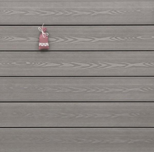 WPC Terrassendielen massiv, Oberfläche mit 3D Struktur in Holzoptik, Farbton hellgrau, Vollprofil, 22 x 143 bis 4800 mm für 7,95 €/lfm