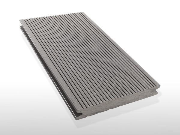 WPC Terrassendielen massiv, Oberfläche fein gerillt, Farbton hellgrau, Vollprofil, 22 x 143 bis 4800 mm für 7,90 €/lfm
