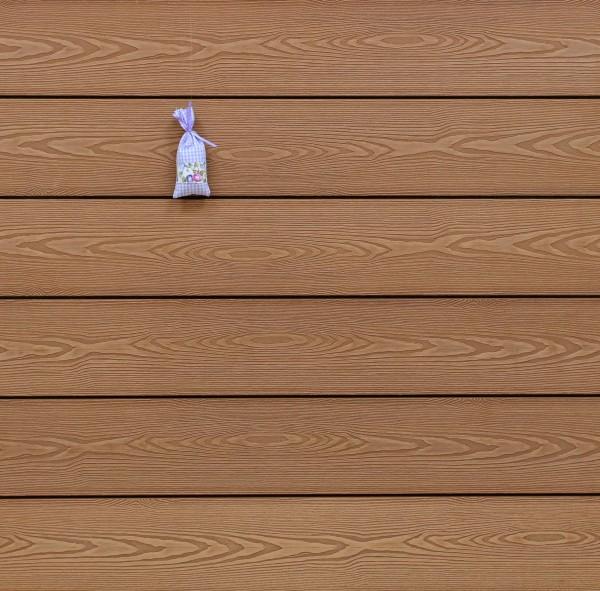 WPC Terrassendielen massiv, Oberfläche mit 3D Struktur in Holzoptik, Farbton hellbraun, Vollprofil, 22 x 143 bis 4800 mm für 7,95 €/lfm