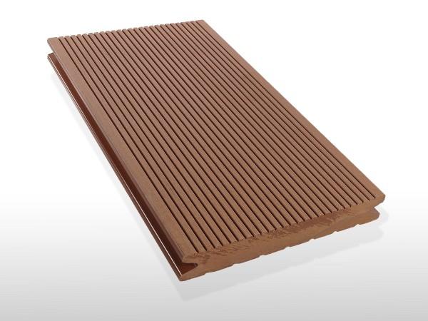 WPC Terrassendielen massiv, Oberfläche fein gerillt, Farbton hellbraun, Vollprofil, 22 x 143 bis 4800 mm für 7,90 €/lfm