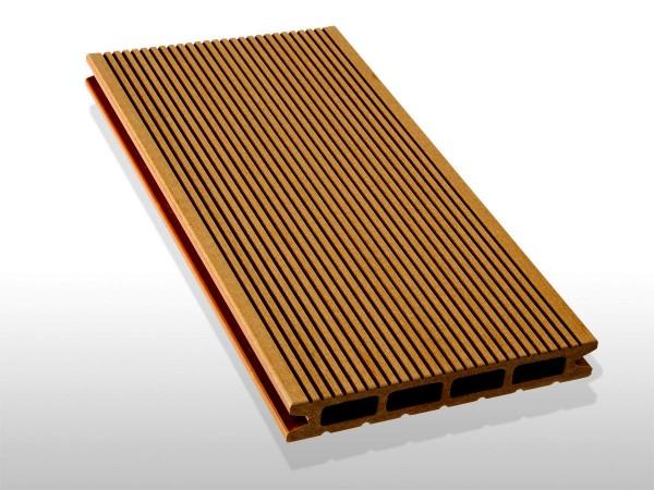 Restposten, WPC Terrassendielen Hohlkammer, Oberfläche fein gerillt, Farbton hellbraun, 22 x 146 bis 4800 mm für 5,30 €/lfm