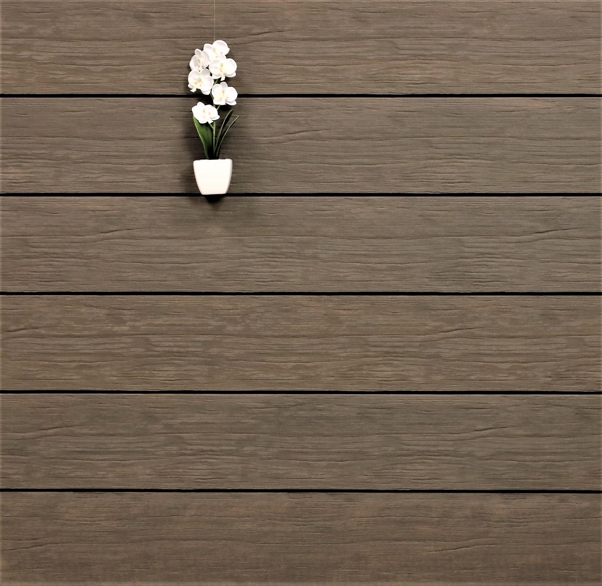 WPC Terrassendielen massiv, Oberfläche antik gealtert, Farbton sand, Vollprofil, 22 x 143 bis 4800 mm für 9,95 €/lfm