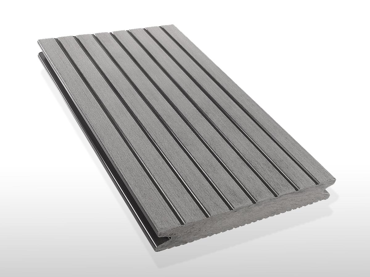 WPC Terrassendielen massiv, Oberfläche grob genutet, Farbton hellgrau, 22 x 143 bis 4800 mm für 7,90 €/lfm